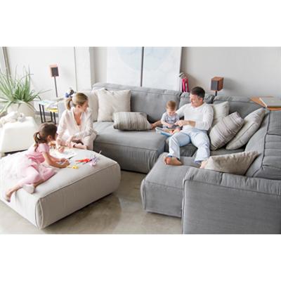 Soft Adjustable Depth Sofa 이미지