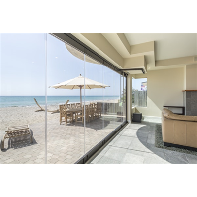 Image pour ClimaCLEAR™—All Glass Single Track Sliding System for Weather Protection