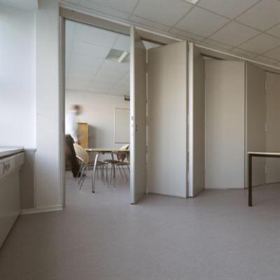 Image for Habila 120 folding walls single door center hung 65mm