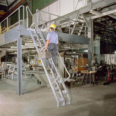 billede til Steel Alternating Tread Stair, 56 Degree