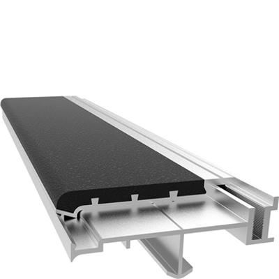 billede til Two-Part Full Bar Abrasive Stair Tread Nosing